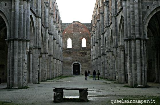 abbazia_chiusdino